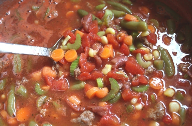 Italian Vegetable Soup recipe by Barefeet In The Kitchen