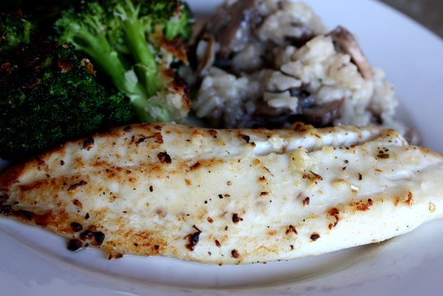 Lemon and Garlic Broiled Tilapia | barefeetinthekitchen.com