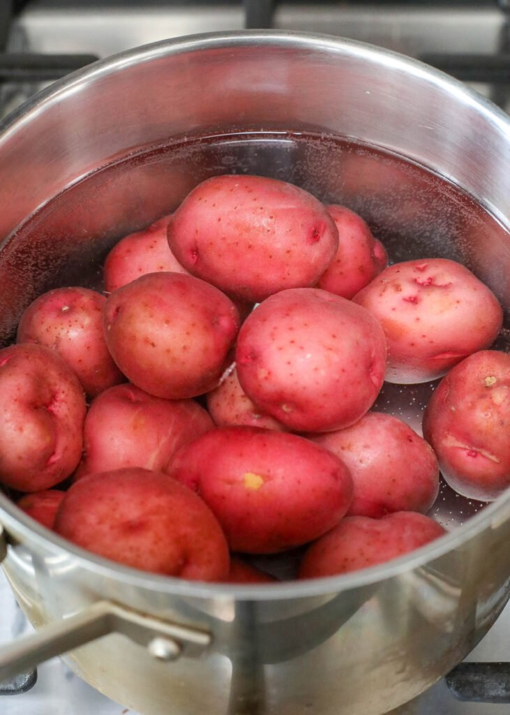 Boiled Potatoes are ridiculously easy and absolutely delicious too!