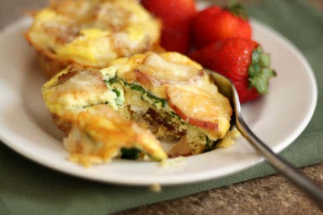 Cheesy Potato Egg and Spinach Mini Quiches recipe by Barefeet In The Kitchen