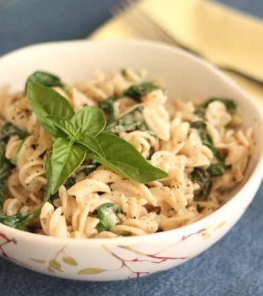Creamy Parmesan Pasta with Basil and Spinach