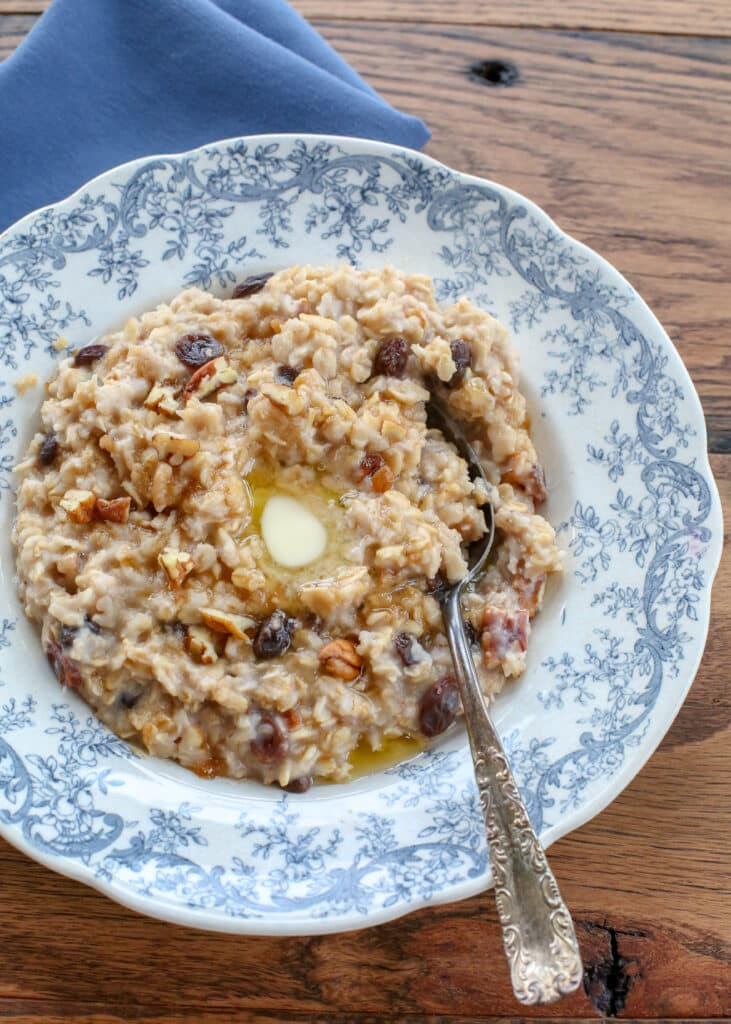 Hearty stovetop oatmeal is so easy to make and can be changed up with endless flavor variations! get some fresh new ideas at barefeetinthekitchen.com