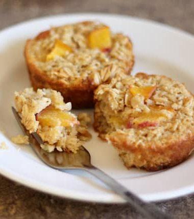 Baked Peach Oatmeal Cups