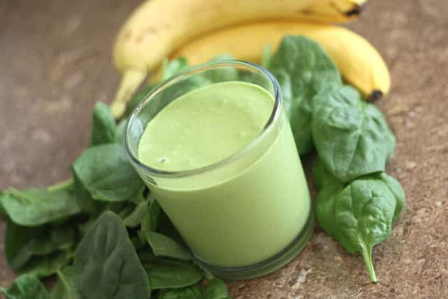 Peanut Butter Banana Spinach Smoothie recipe by Barefeet In The Kitchen
