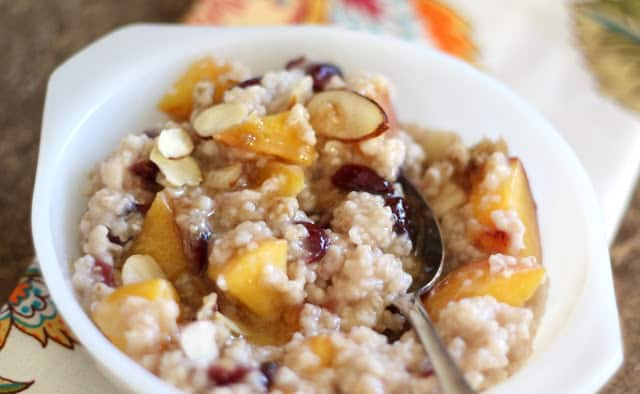 Peach Oatmeal with Cranberries and Almonds recipe by Barefeet In The Kitchen