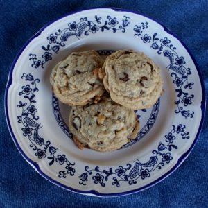 Chocolate Chip Macadamia Nut Cookies