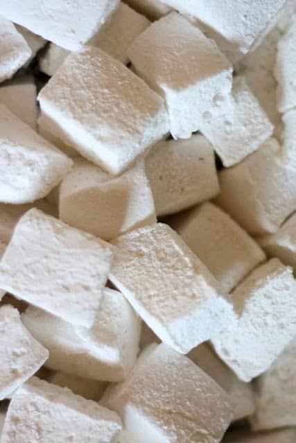 Springy, Fluffy Homemade Marshmallows {corn syrup free recipe ...