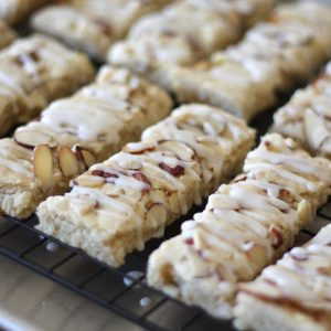 Scandinavian Almond Bars {traditional and gluten free recipes}