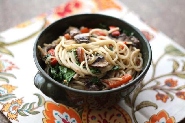 Chipotle Pasta with Kale, Peppers and Mushrooms recipe by Barefeet In The Kitchen