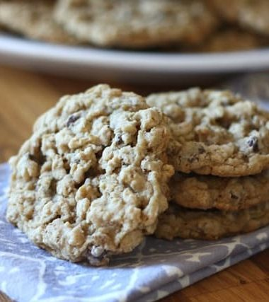 Soft Chewy Oatmeal Chocolate Chip Cookies {traditional and gluten free recipes}