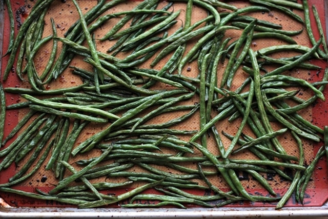 sriracha honey roasted green beans recipe
