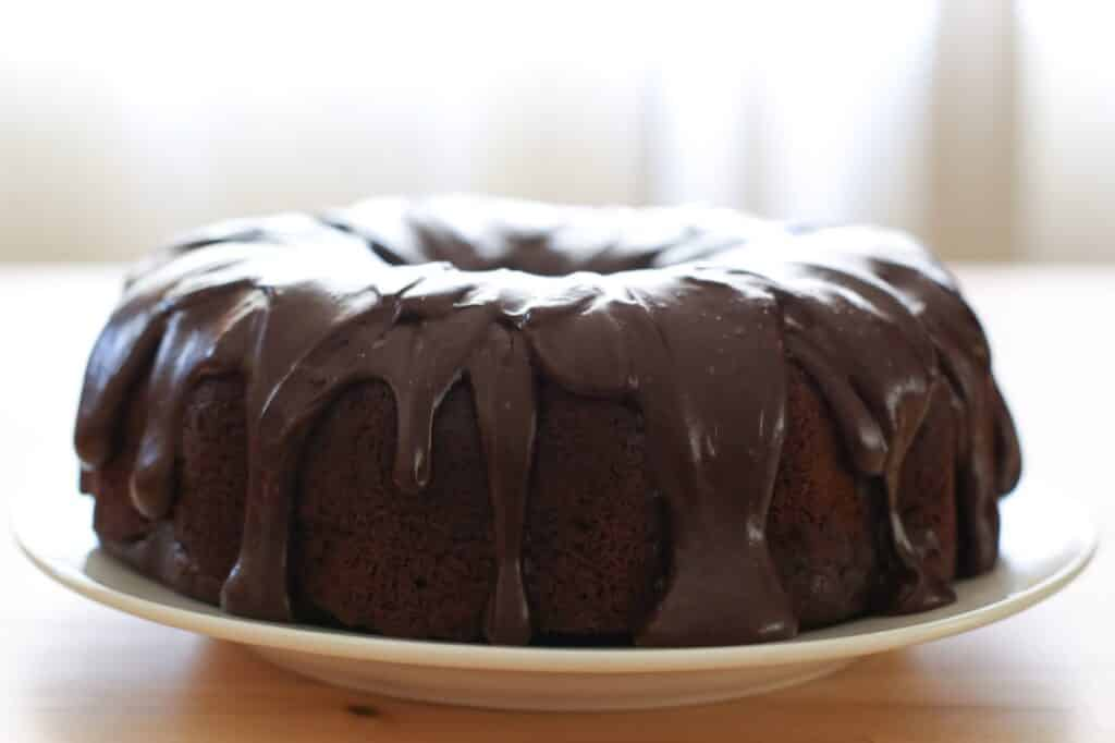 Hershey's Perfect One Bowl Chocolate Cake recipe by Barefeet In The Kitchen
