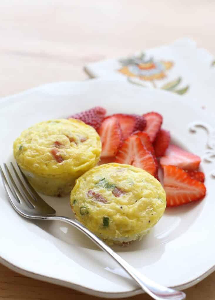 Cheesy Potato, Egg and Ham Breakfast Casserole recipe by Barefeet In The Kitchen