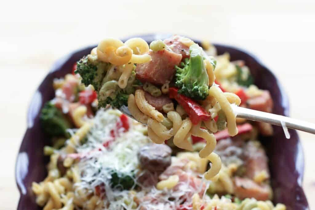 Ham and Vegetable Pasta Skillet with a Light Cream Sauce recipe by Barefeet In The Kitchen