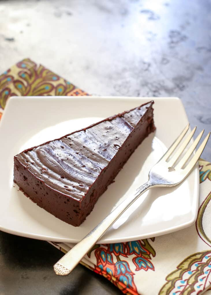 """Flourless """"Hot"""" Chocolate Cake (naturally gluten free) recipe by Barefeet In The Kitchen"""