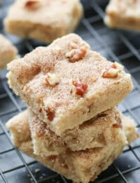 Cinnamon and Pecan Shortbread Bars