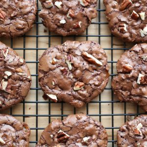 Flourless Chocolate Turtle Cookies {naturally gluten free recipe}