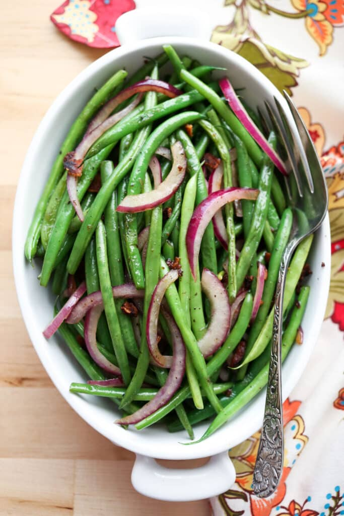 Simple Skillet Green Beans with Bacon recipe by Barefeet In The Kitchen