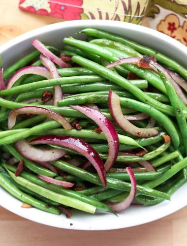 Simple Skillet Green Beans with Bacon