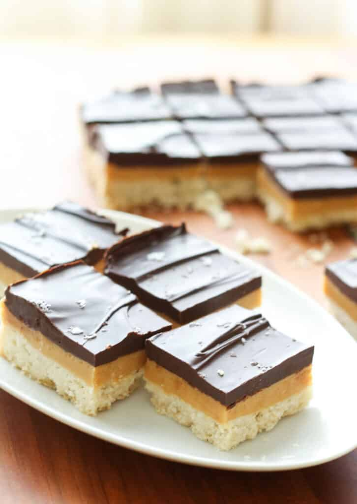 Millionaire Bars {traditional and gluten free recipes} tastes just like a Twix bar!