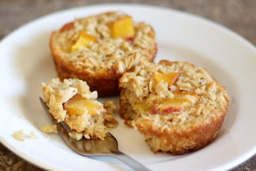Baked Peach Oatmeal Cups