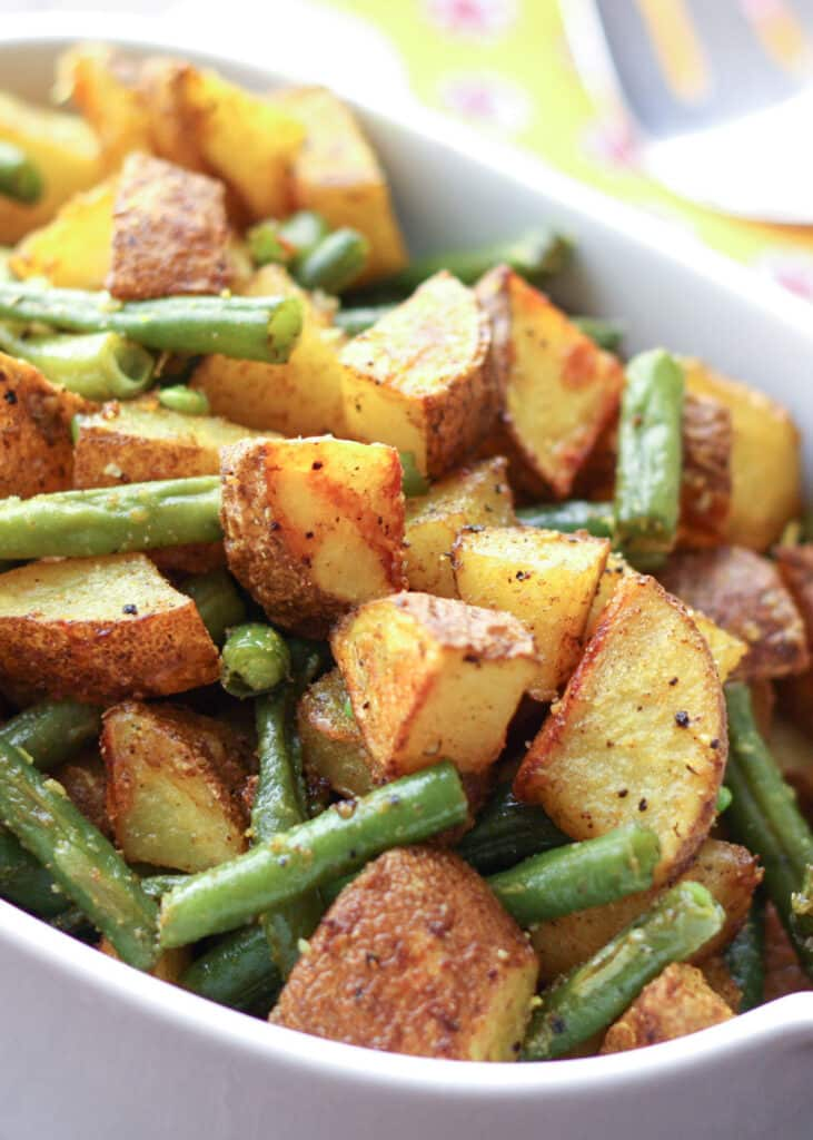 Turmeric Roasted Potatoes with Green Beans are an awesome side dish for any occasion!