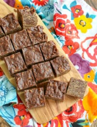 Better-Than-Store-Bought Candy Bars are SO easy to make! - get the recipe at barefeetinthekitchen.com