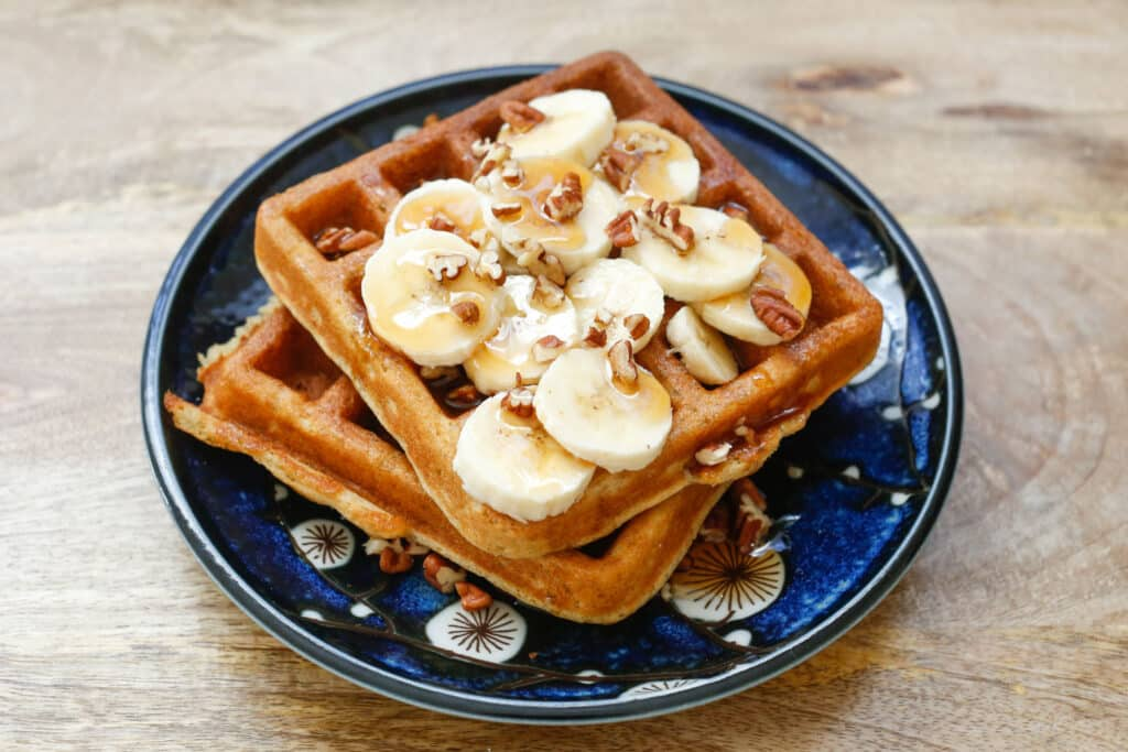 Banana Waffles (traditional and gluten free recipes included) - by barefeetinthekitchen.com