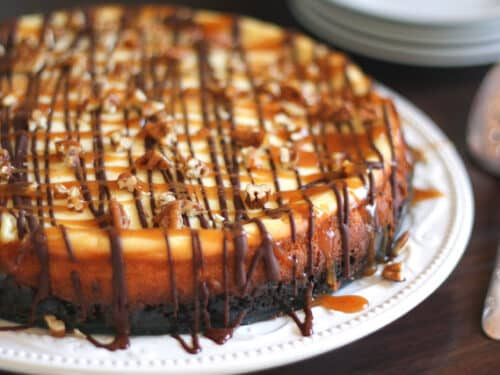 You Re Going To Love This Turtle Cheesecake Barefeet In The Kitchen