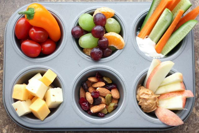 Snack Tray Lunches - recipes and tips at barefeetinthekitchen.com
