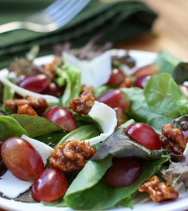 Grape and Candied Walnut Salad