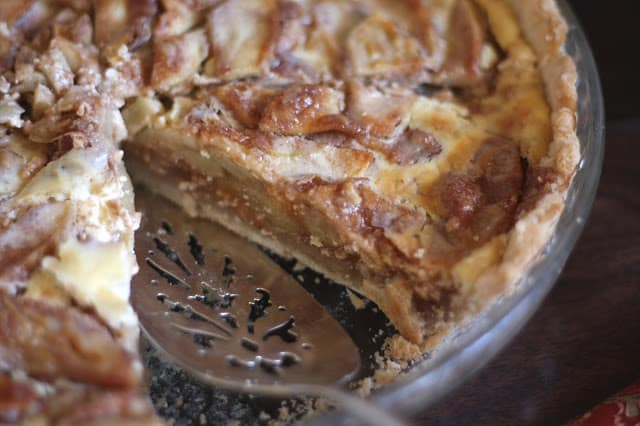 German Apple Pie recipe by Barefeet In The Kitchen