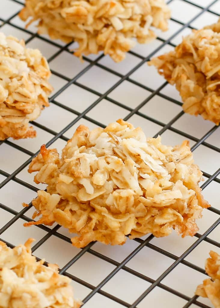 Coconut Lover's Cookies - you need to make these for the coconut lover in your life!