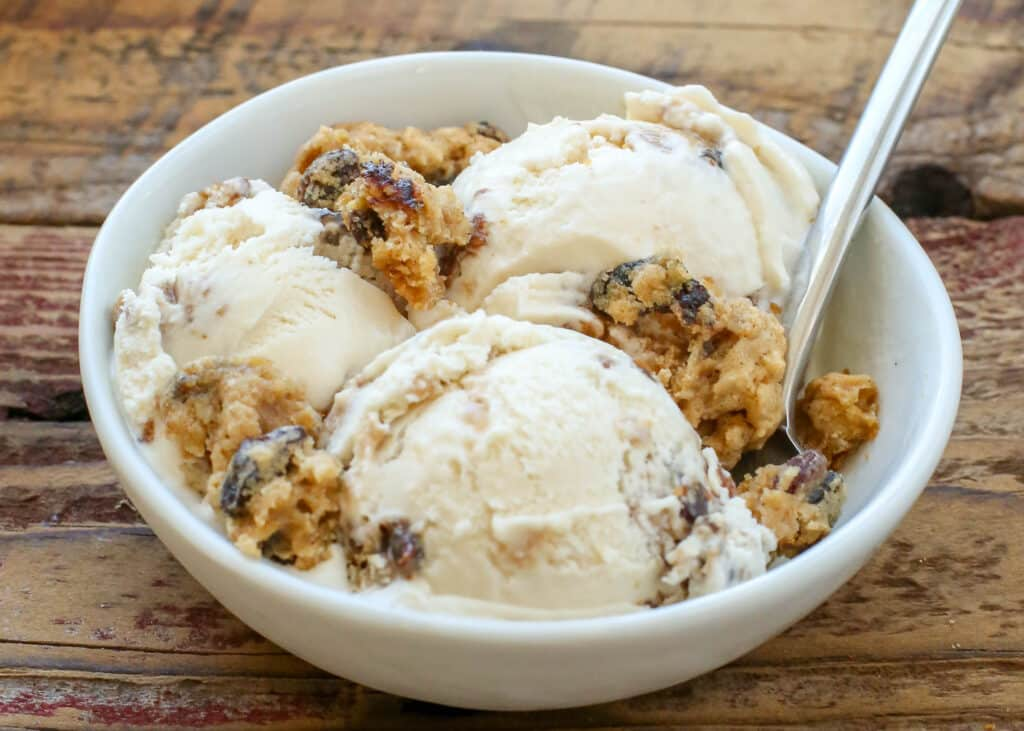 Oatmeal Cookie Ice Cream