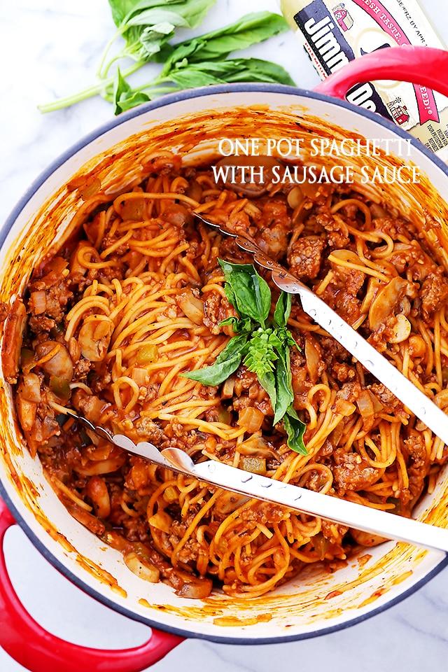 One Pot Spaghetti with Sausage Sauce {Diethood}