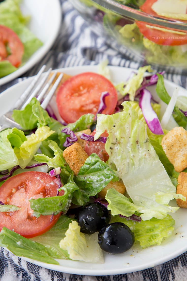 Copycat Olive Garden Salad {Yellow Bliss Road}