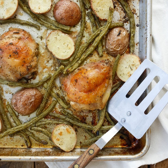 Sheet Pan Chicken requires just 5-minutes prep time and everyone loves this meal! get the recipe at barefeetinthekitchen.com