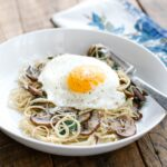 This Lightened Up Pasta Florentine with Mushrooms is going to satisfy all your carb cravings without any guilt! get the recipe at barefeetinthekitchen.com