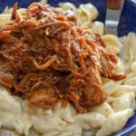 Creamy mac and cheese topped with bbq pulled pork? Yes, please!