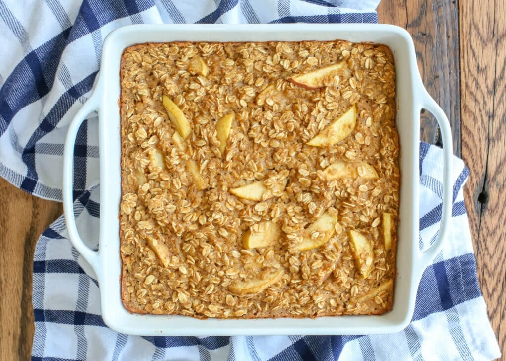 Easy Peasy Apple Pie Baked Oatmeal - get the recipe at barefeetinthekitchen.com