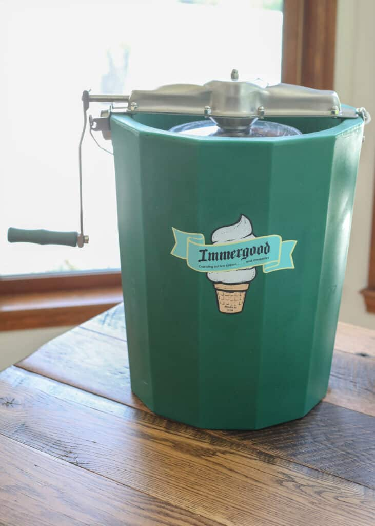 Ice Cream Maker Review - Immergood Hand Crank Machine churns a batch of ice cream even faster than their electric counterparts!