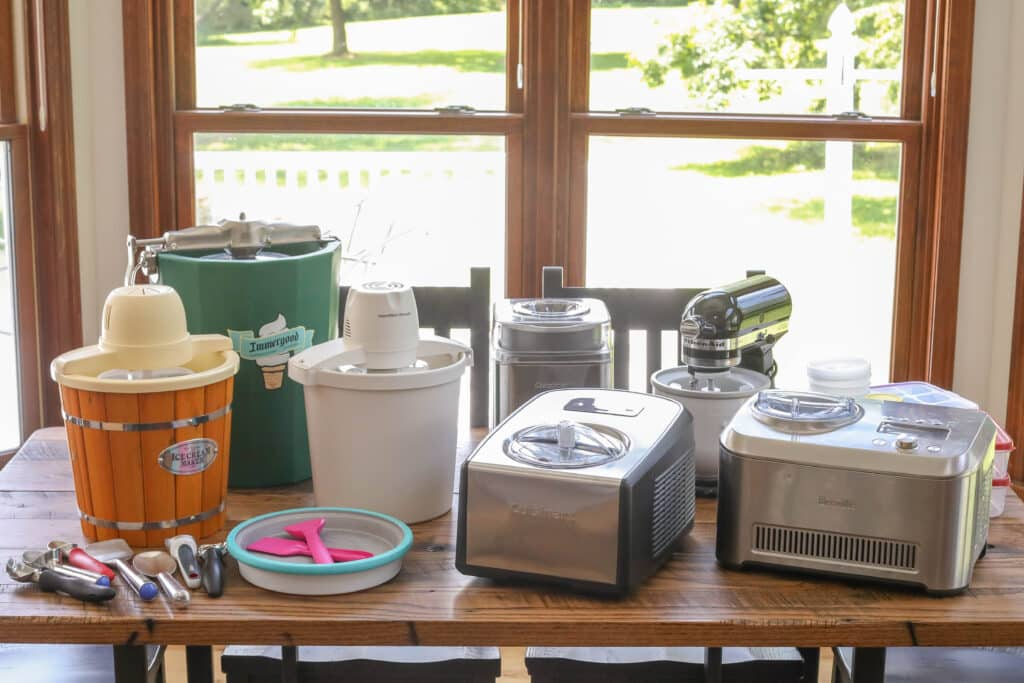 Ice Cream Maker Review - every kind of ice cream maker, scoop, and storage containers