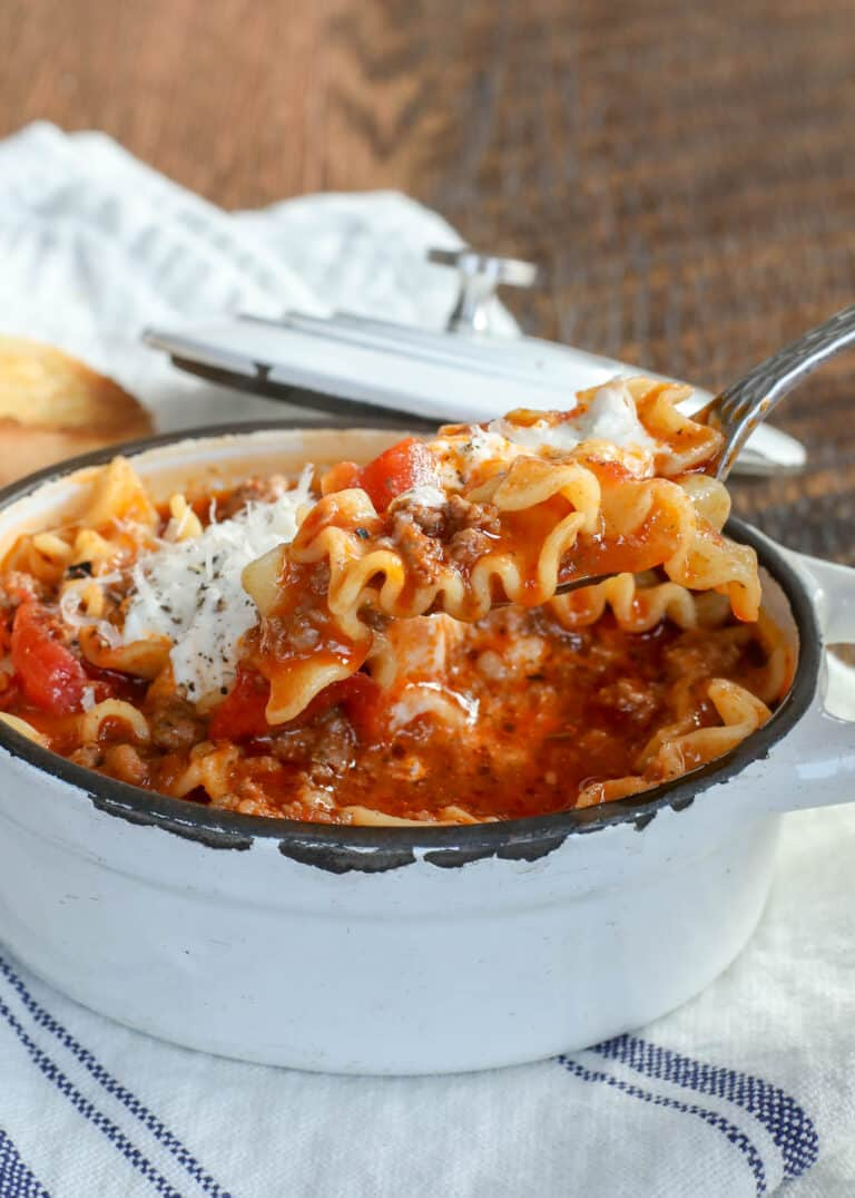 I love everything about this awesome Lasagna Soup recipe! get the recipe at barefeetinthekitchen.com