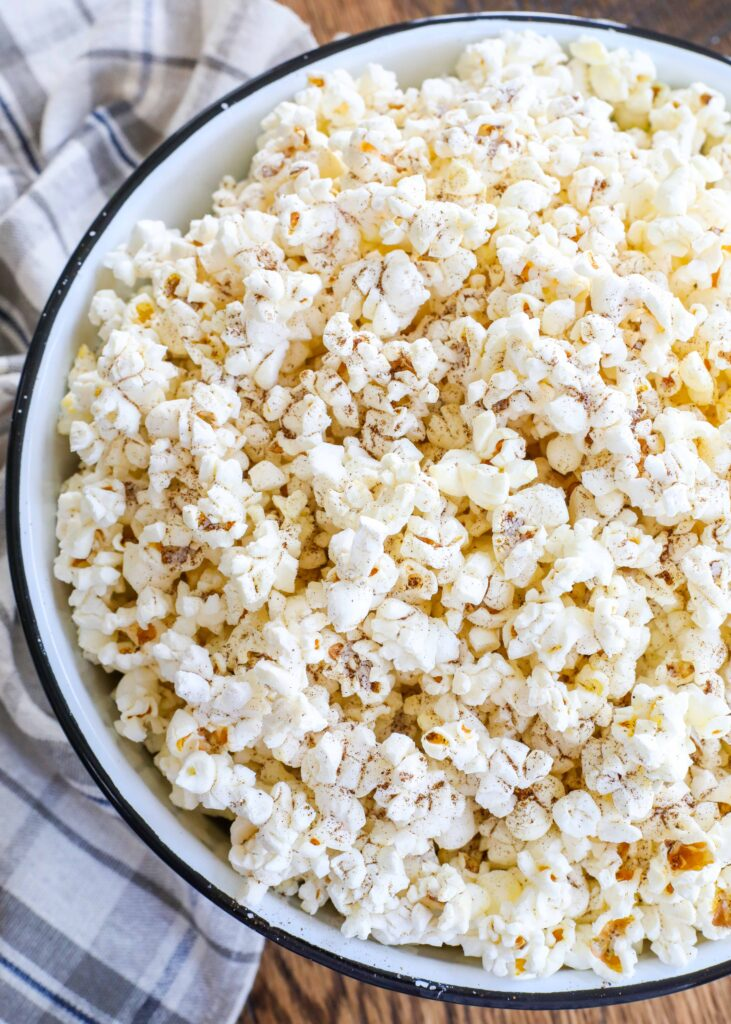 Palomitas (Popcorn) is a terrific snack for any occasion.