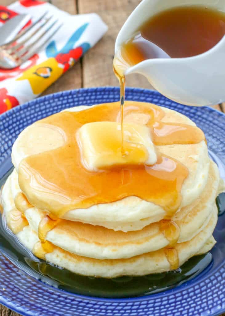 Perfectly fluffy pancakes - made from scratch