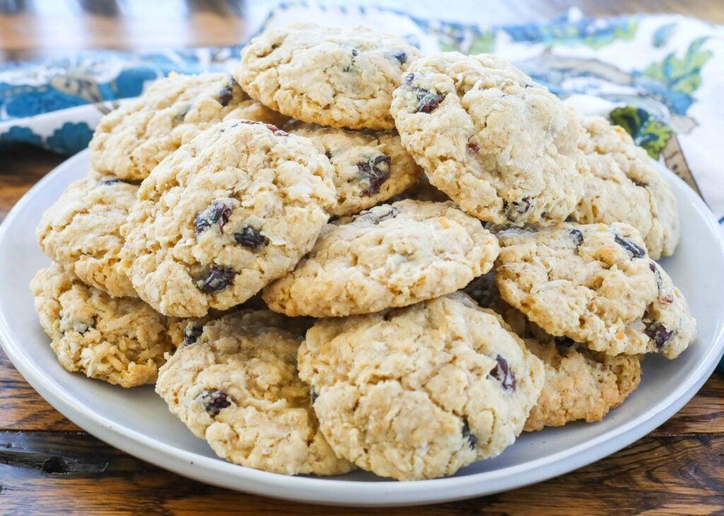 Coconut Craisin Oatmeal Cookies