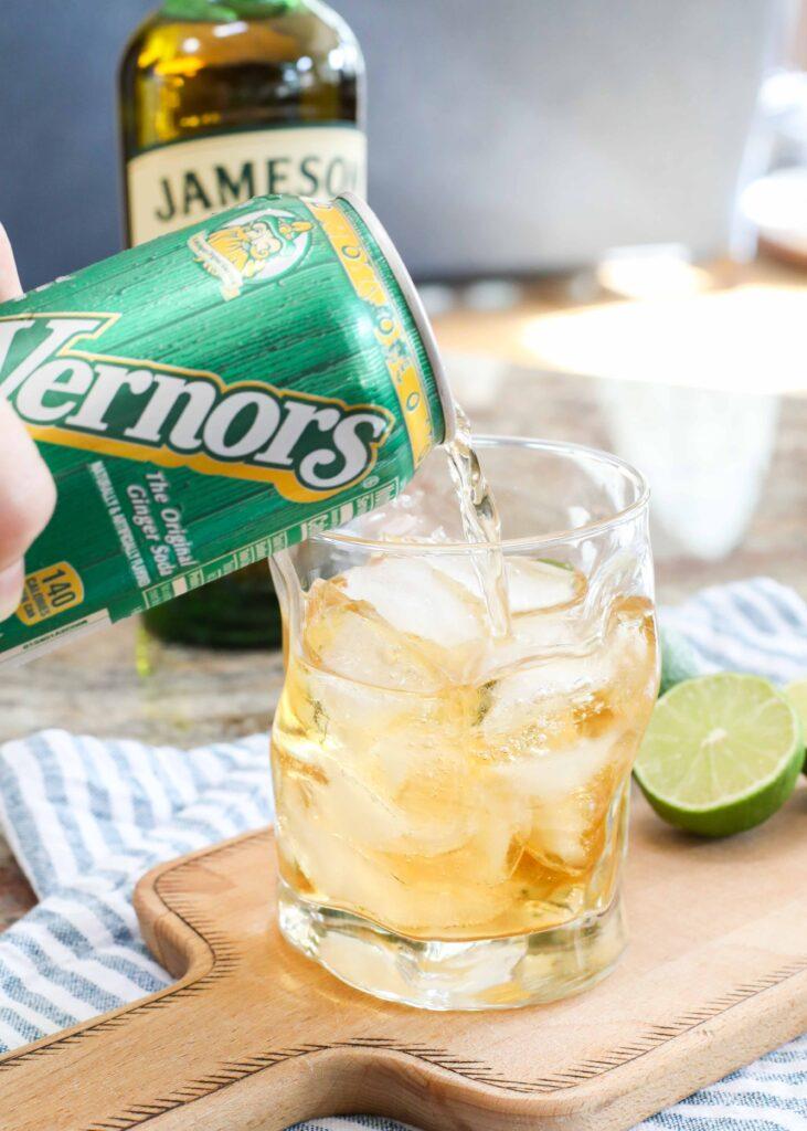 Jameson Ginger Ale Cocktail
